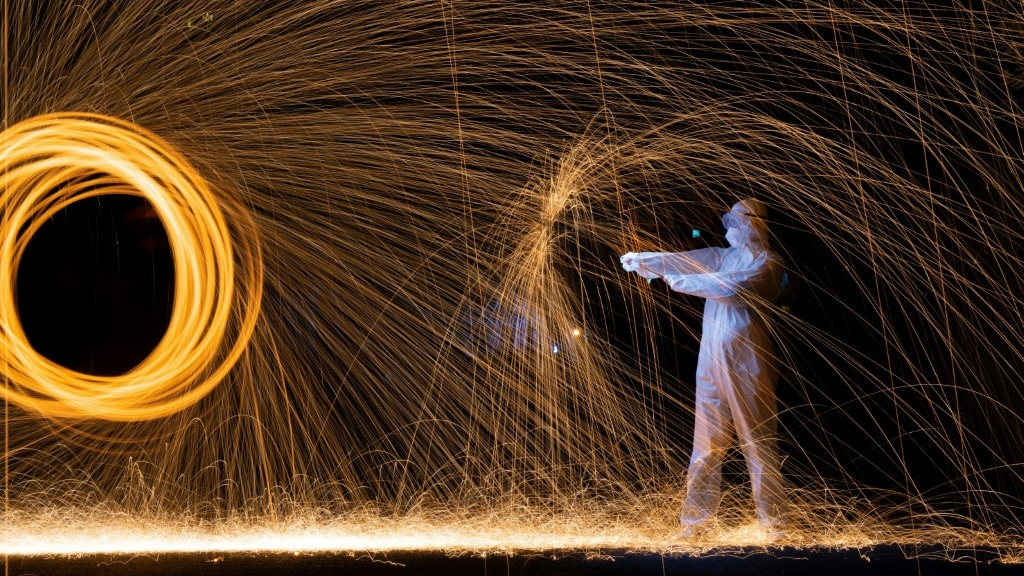 Roy Wang Light Painting Creations.afp