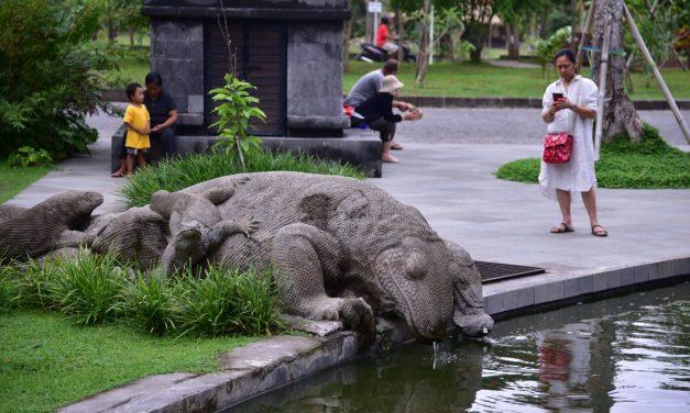 Indonesia: Komodo Island Eyed to Shut Down