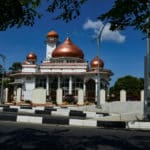 Mosque Hunters to Count the World's Largest Muslim Country