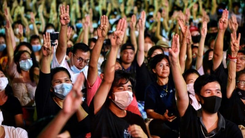 Thai's Three Fingered Salute