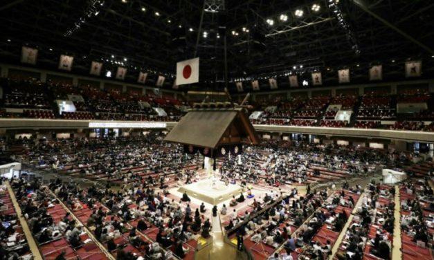 Japan Sumo Wrestler Quits, Saying Coronavirus Fears Ignored