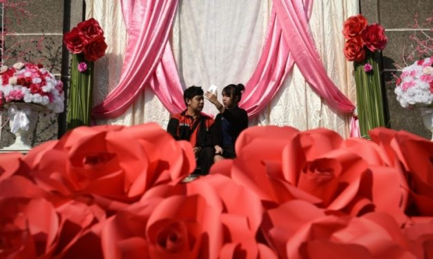 COVID Cupid Shoots Down Thailand Valentine's Day Marriages