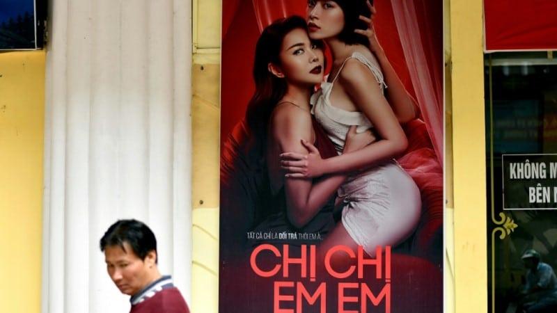 Vietnamese Movie Chi Chi Em Em