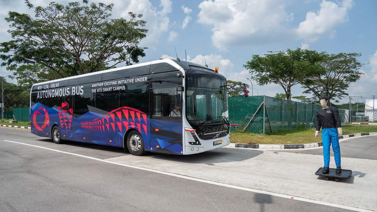 Volvo.Autonomous-bus