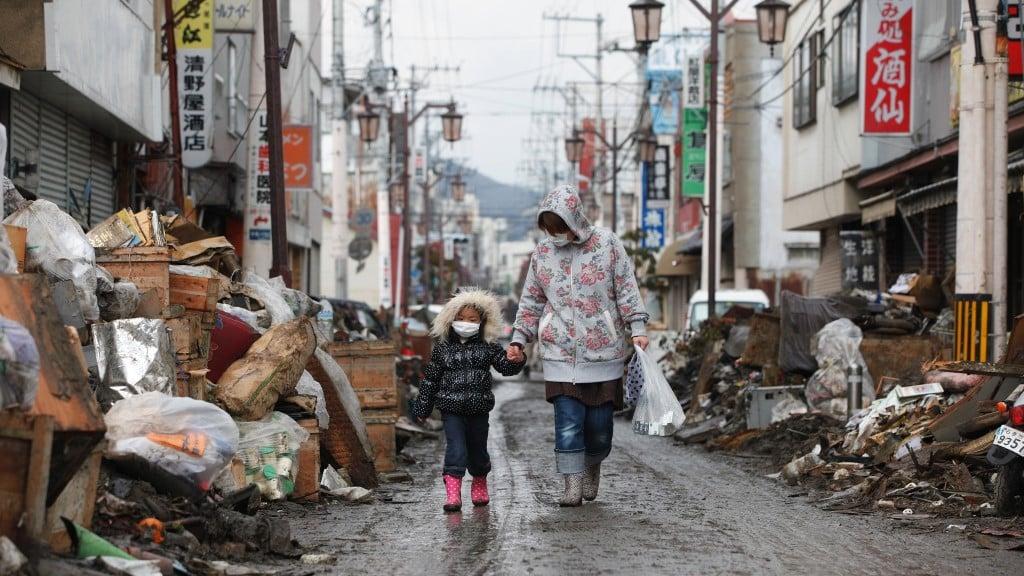 Woman and Child - Ishinomaki City, Miyagi Perfecture ©Direct Relief