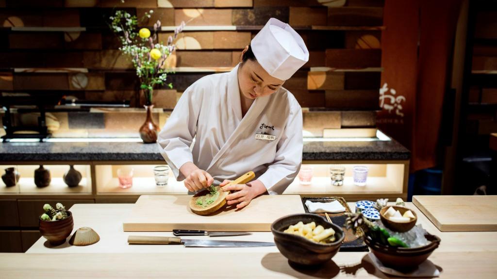 Women Sushi Chefs.afp