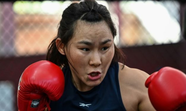 Yan the 'Pitbull' to Show 'Power of Chinese Women' with UFC Title Fight
