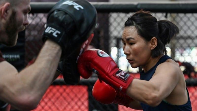 Yan Xiaonan Training