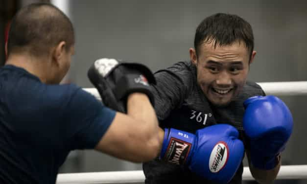 China's Deliveryman Fights for Recognition in the Boxing World